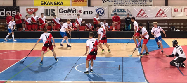 Cloudia Oilers taistelee Prahassa